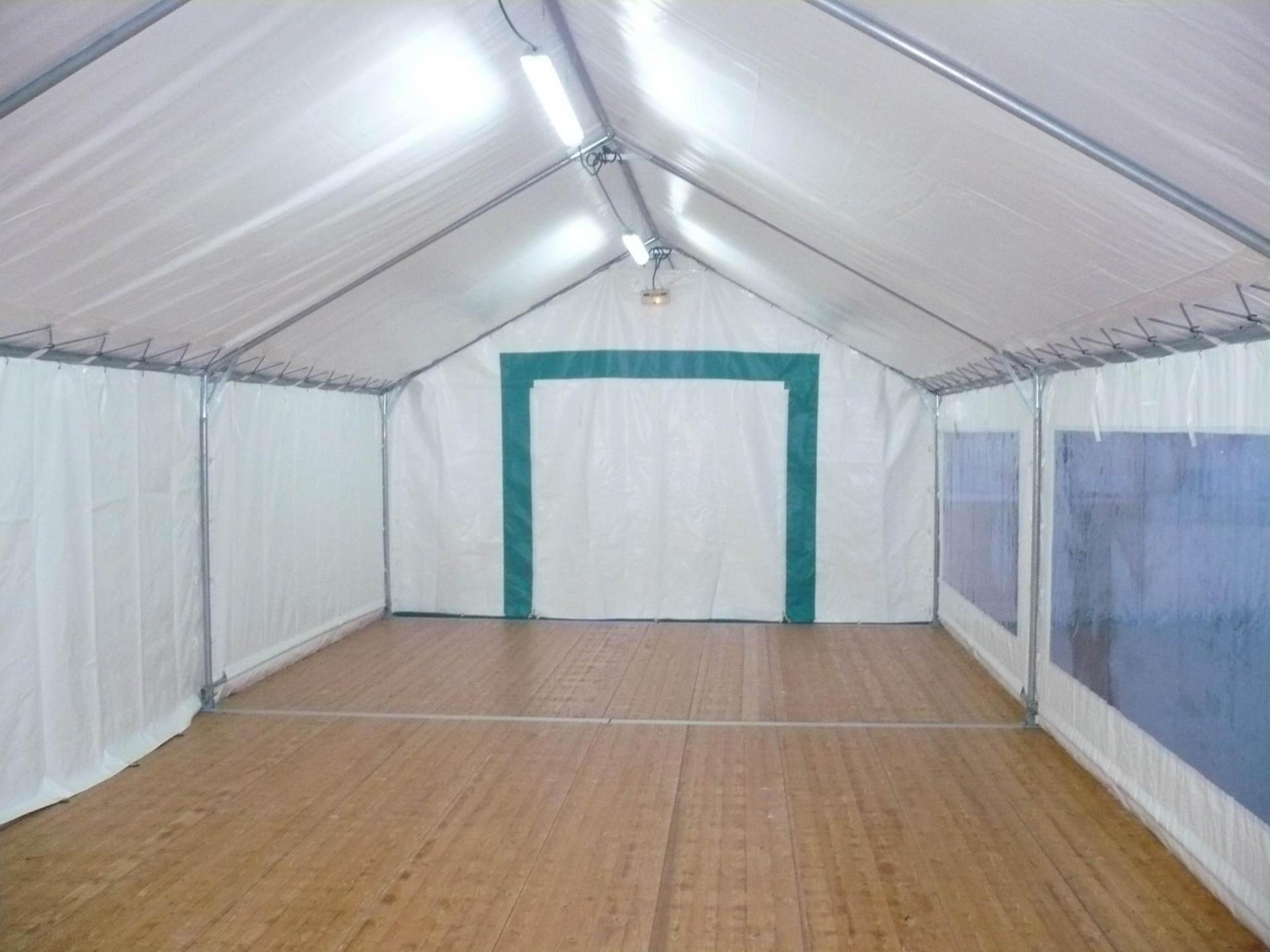 intérieur tente mariage